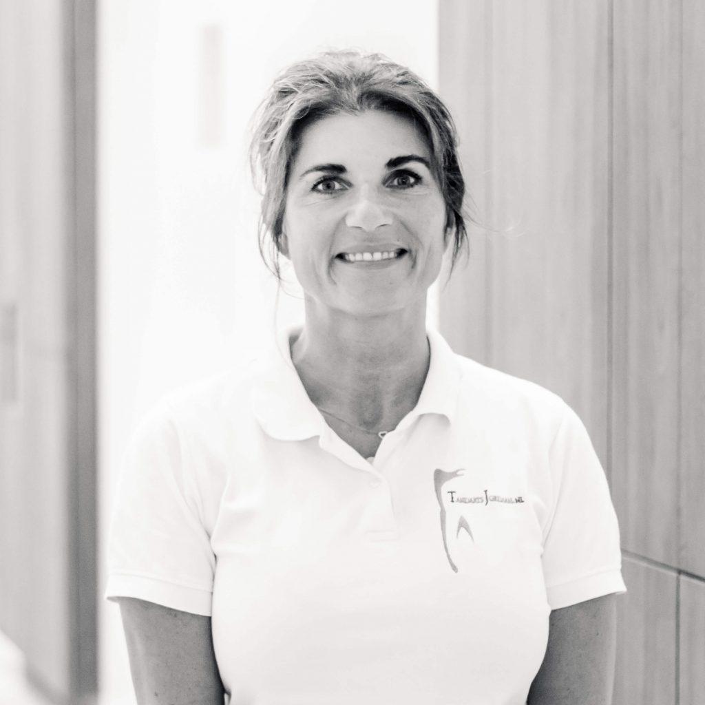 Linda-van-Zoomeren-Huishoudelijk-medewerkster