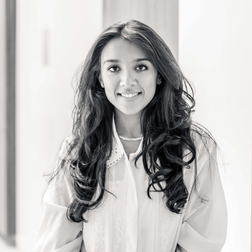 Soraya-Sabir-Receptioniste-_-Receptionist